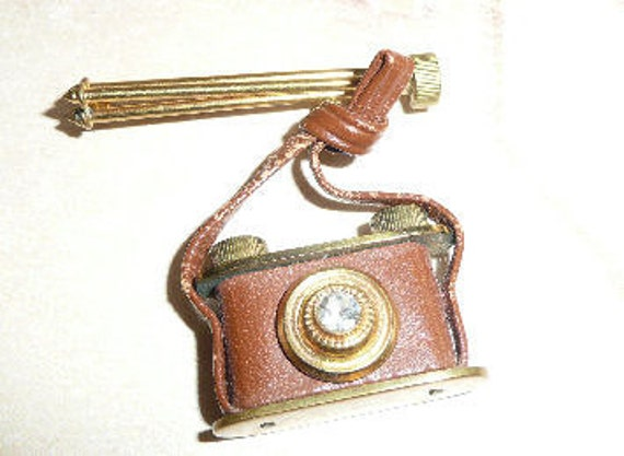 RESERVED Camera Pin/Brooch--- Old and Unique