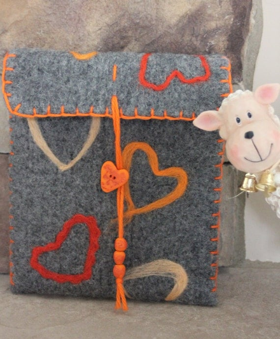 Wool Felted Pouch - Hearts