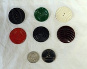 Set of 7 Vintage Buttons