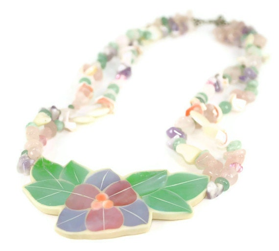 Hawaiian Flower Necklace Vintage Mother of Pearl