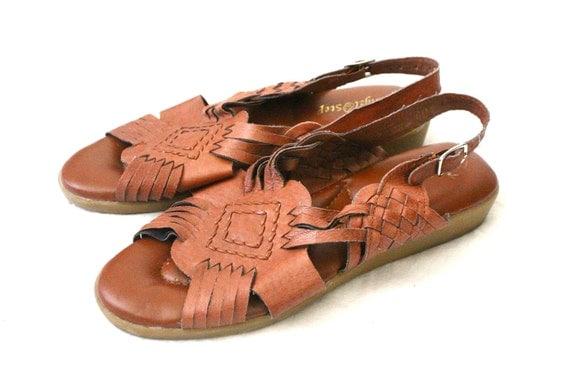 59b4ef88bd22 Vintage Caramel Leather Huarache Sandals Sz by claudedonohoshop