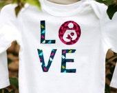 Breastfeeding Baby Onesie, Breastfeeding is Love, Natural Parenting, Cute Breastfed, International Breastfeeding, Attachment Parenting