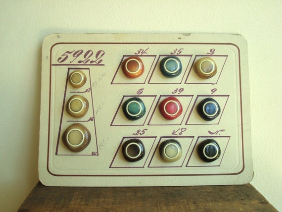 Antique button sample card, 1920s Europe celluloid buttons