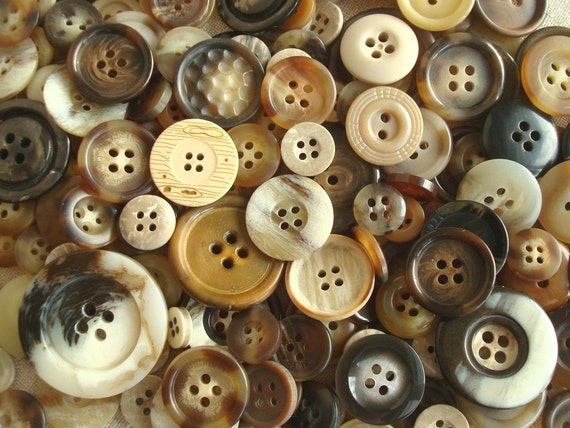 Tortoise shell button grab bag, 50 new old stock