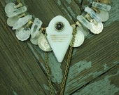 Sibyla -white tribal belly dance talhakimt pendent