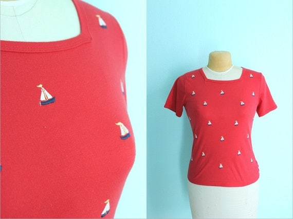 vintage 80s embroidered sailboat red tshirt / nautical top / beach tee // size medium
