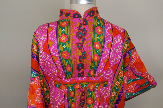 VINTAGE Miss Elaine does Lilly Pulitzer Mother Earth Kimono Dress