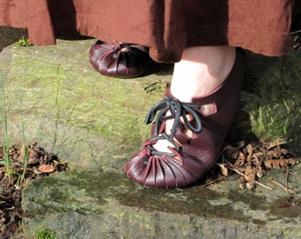 Jels: Nordic Bronze Age Handmade Leather Shoe