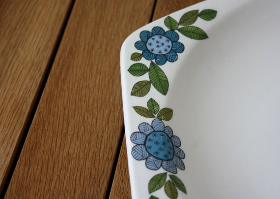 J&G Meakin Platter - Vintage 60s - Topic - White Blue Green - 50s 60s Vintage Kitchen - English China