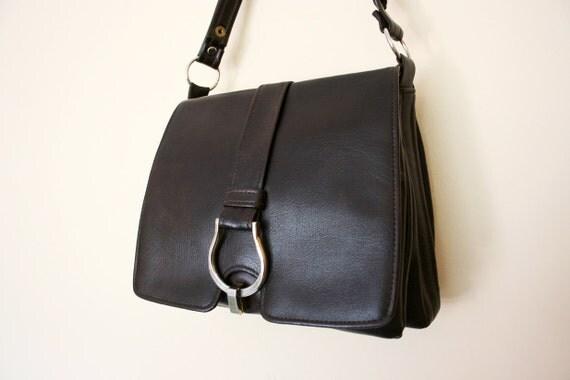 Vintage Vinyl Dark Chocolate Brown Cross Body / Shoulderbag / Handbag