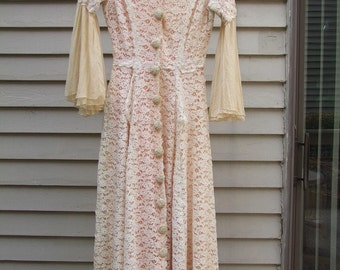 Vintage Peaches and Cream lace dressing gown ala 1930s 1940s era with bell sleeves