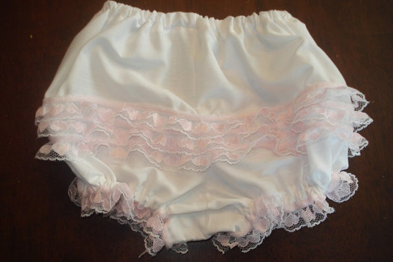 Ruffle Bum diaper cover - photo prop CLEARANCE