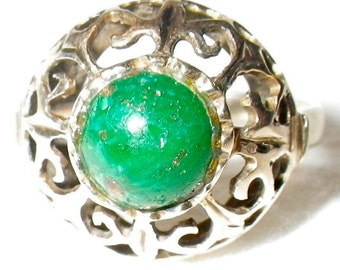 Victorian 14K Gold Filigree Emerald Ring