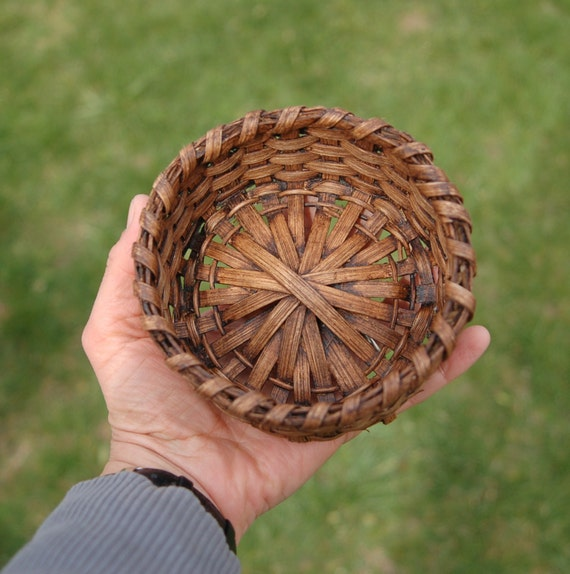 Small Round Reed Basket