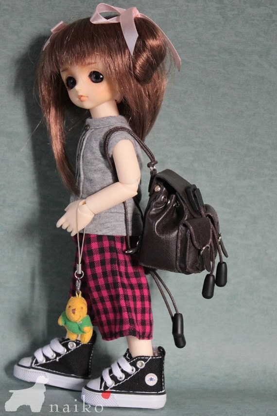 Naiko-handmade bag- shoulder bag in Brown for bjd YOSD momoko misaki  and pullip