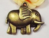 10pcs Antique Bronze Elephant Charm Pendants Jewelry Findings 26x29mm C308-2