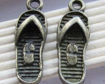 Wholesale 25pcs Antique Bronze Slippers Shoe Charm Pendants 8x22mm D506-1