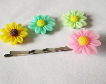 50pcs Chrysanthemum Flowers Mixed Colors of Resin Daisy Cabochon Sunflower for Bobby Pin Charms Matte 16mm H202