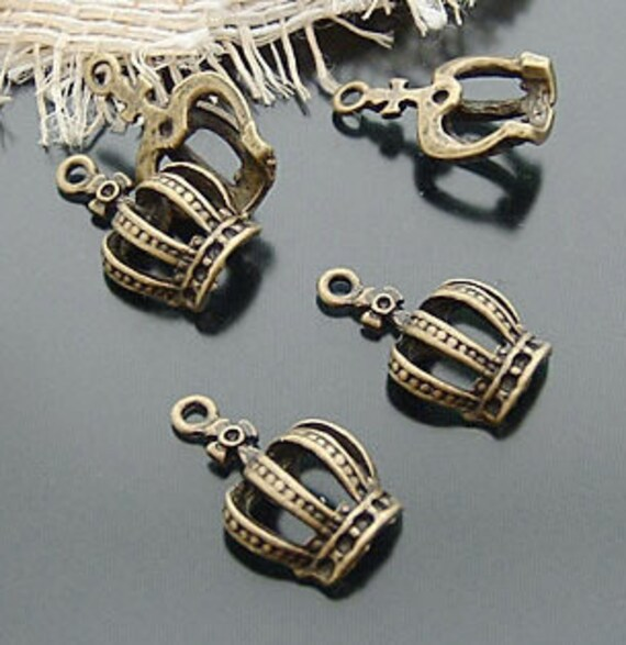 25pcs Half Crown Charms Antique Bronze Charm and Pendants 12x20mm C409-4