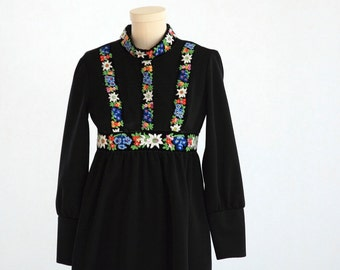 Black Maxi Dress with Floral Detail  - Vintage Vicky Vaughn - Size 0-2