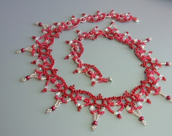 Poppy Red - Lace necklace