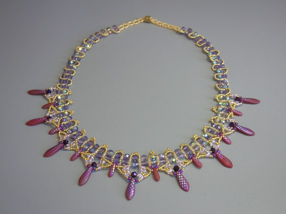 Tutorial - Renaissance Twin beads and Daggers necklace - beading tutorial