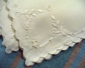 Delicate Flowers Leaves Scalloped White Vintage Embroidered Cutwork Napkins (6)