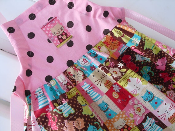 Aprons . Girls Apron . Kids Apron . Childrens Apron . Kitty Cat Apron