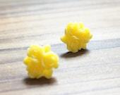 Yellow Roses Stud Earrings 15mm