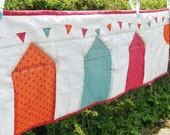 Table runner, quilted, embroidered, beach huts bunting