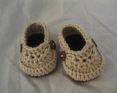 Crochet Tan and brown loafers