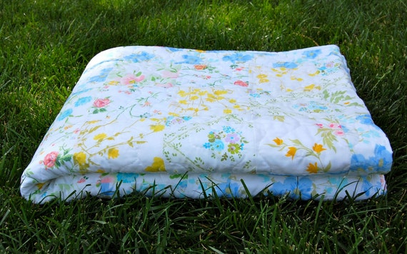 SALE, Vintage Patchwork Twin Quilt, Free US Shipping
