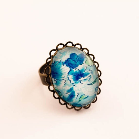 Flower Cameo Ring, Blue Ring, Glass Cameo Ring, Shabby Chic Ring, Floral Ring, Romantic Ring, Gift For Her, Vintage Inspired, Blue, Gift