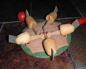 Handheld Vintage chickens w/wooden paddle string toy