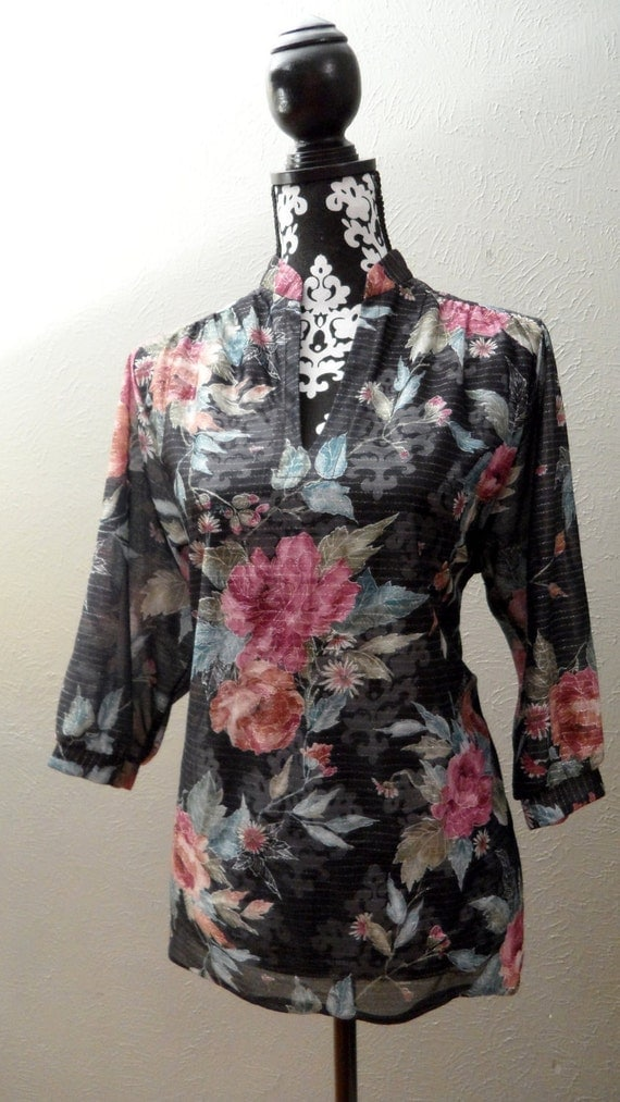 1970s Black Floral Blouse - Sheer with Three Quarter Length Sleeves - L / XL - FREE U.S. SHIPPING