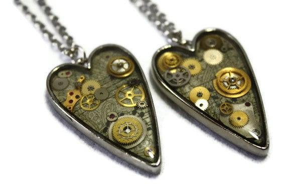 Steampunk Gear Heart-Shaped Resin Necklace