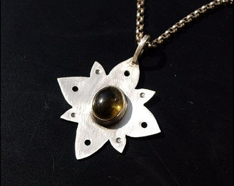 Tourmaline flower - Sterling silver pendant