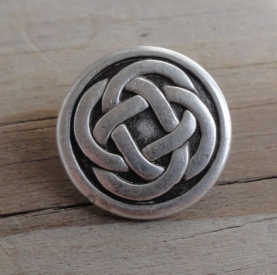2 Celtic Knot Buttons - Antiqued Silver Metal Buttons with Shank - 5/8 Inch