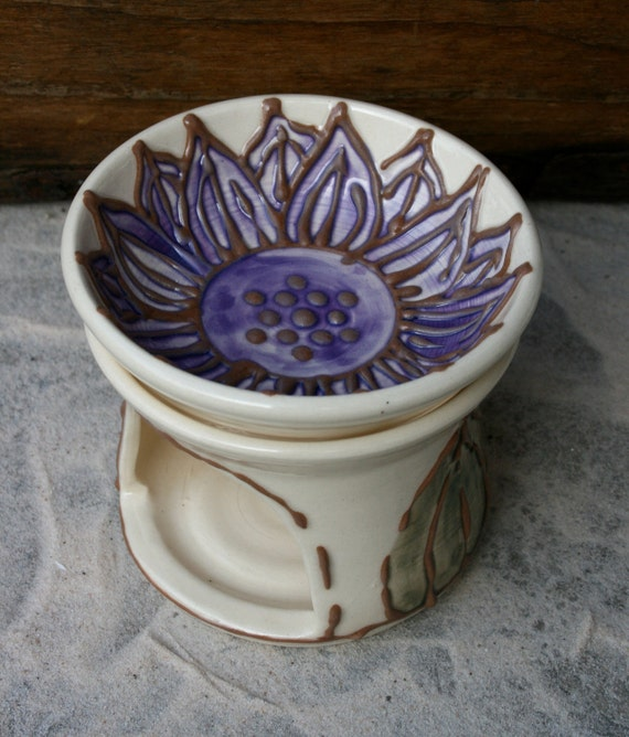 Purple Lotus Aromatherapy oil burner/warmer