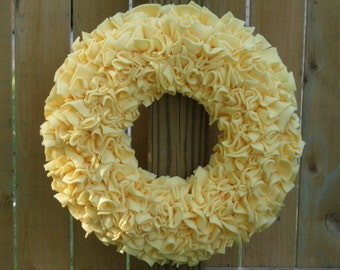 Spring Wreath -- Yellow Wreath -- Door Wreath -- Summer Wreath -- Indoor Wreath -- Fleece Wreath -- Cottage Wreath -- Rag Wreath