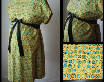 Maternity Hospital Gown - Yellow with Blue/Green/Black Circles, Black Ribbon (maternity hospital labor and delivery gown)