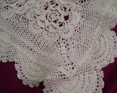 Tablecloth Vintage Handmade Delicate Irish Linen Equisite Crochet Lace Edging and Napkins