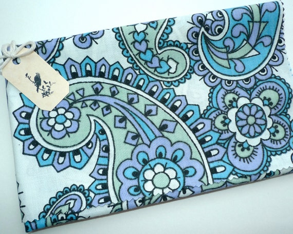 Vintage Fabric, Turquoise and Lilac Paisley and Flower Print,  Fat Quarter