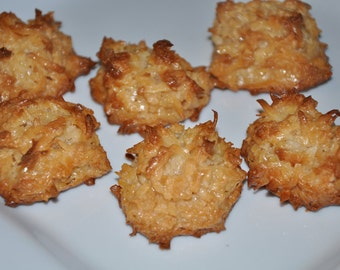 Coconut Vanilla Macaroon Cookies Chewy  Sweet Perfect Holiday Gift!