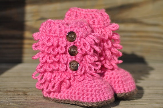 Crochet Uggs : Crochet baby Ugg inspired boots by HatsforHannah on Etsy