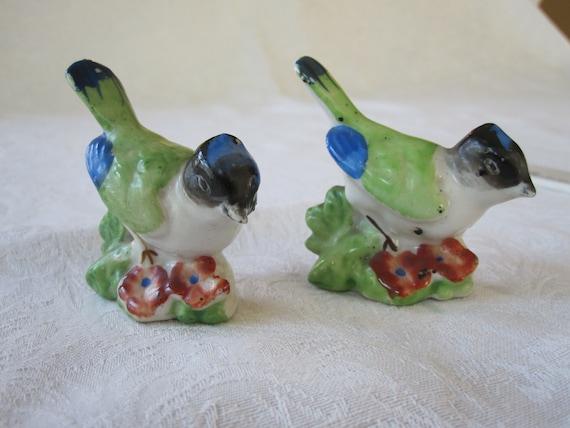 Occupied Japan pair of porcelain birds