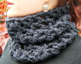 Crochet Cowl in Super Chunky Navy Blue