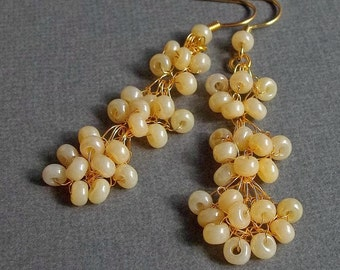 Ivory Pearl Wedding Earrings, Bridal, Designer, Crochet, Jewelry, Pearls, Vintage, Retro, gold plated, Wire, Bouquet Pattern