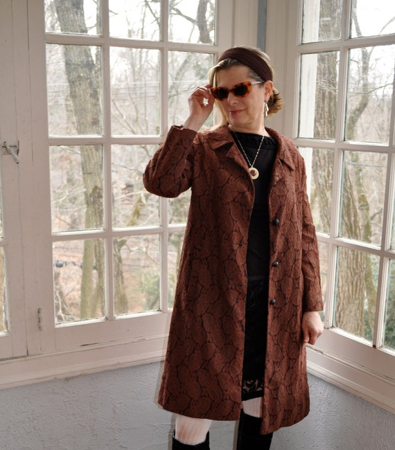 Vintage Lace Coat/Mahogany Brown Lace Overlay Lightweight Coat/Vintage 1960s/Size Medium