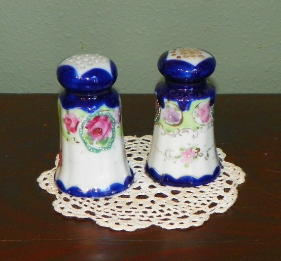 Vintage Antique Nippon Cobalt SALT pepper SHAKERS Porcelain Raised Enamel moriage